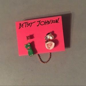 Betsy Johnson Mismatched Studs